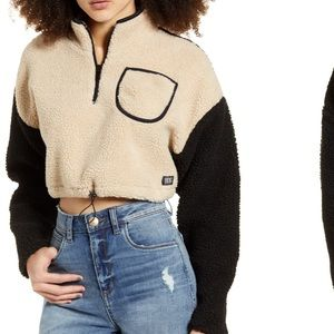 Fleece Teddy Cropped pullover from UO